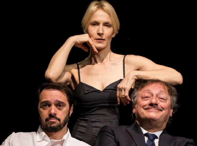 """Ai Barbuti con Gaia De Laurentiis e la """"S/coppia – d/istruzioni per l'uso"""" - aSalerno.it"""