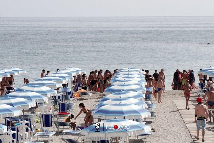 Tragedia in spiaggia, muore una turista a Paestum - aSalerno.it